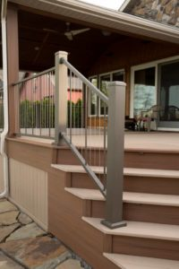 Custom Agled Stairs with Aluminum Railing